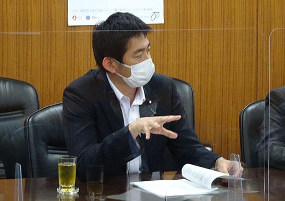 知財提言を井上信治大臣に申入れしました。